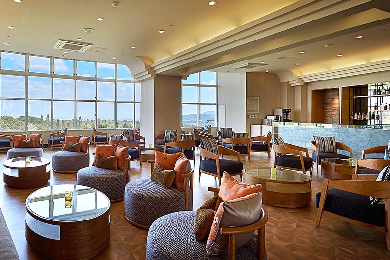 Nadeen Lounge in Okinawa luxury hotel resort